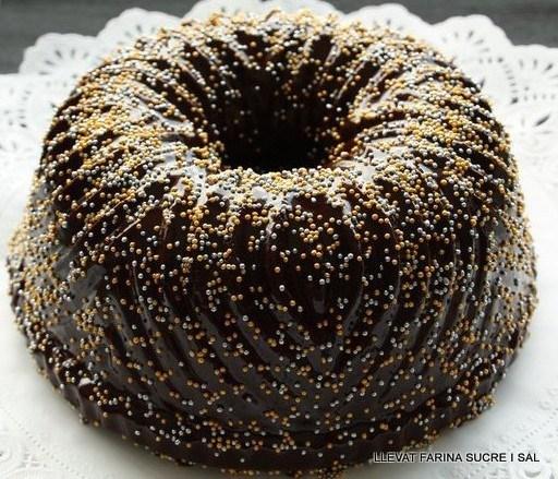 BUNDT CAKE DE TARONJA AMB COBERTURA DE XOCOLATANEGRA
