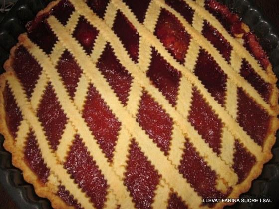 Crostata de gerds y figues i barquetes d'amanida amb ceba tendra 006