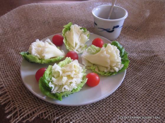 amanida-amb-formatge-tc3aate-de-moin-magdelena-0311