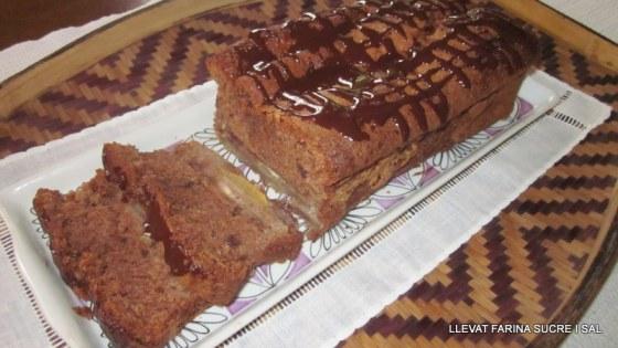PLUM CAKE AMB PERES, NOUS IXOCOLATA